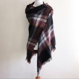 Maurices Blanket Scarf Wrap Shawl Fringed Plaid